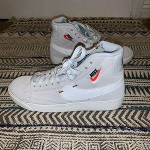 Nike blazer mid rebel off white/ summit white